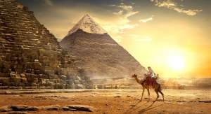 Who Built the Egyptian Pyramids